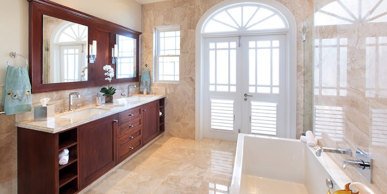 13-PF-Classic-bathroom-2