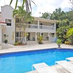 Relando, Sandy Lane - Pool View