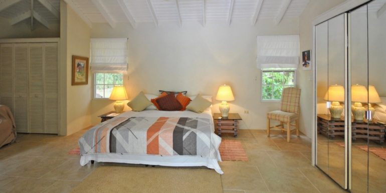 Relando, Sandy Lane - Bedroom 1