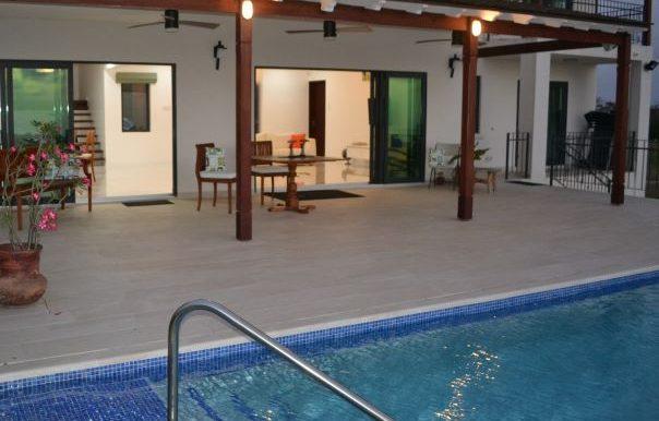 Pool Area 1x