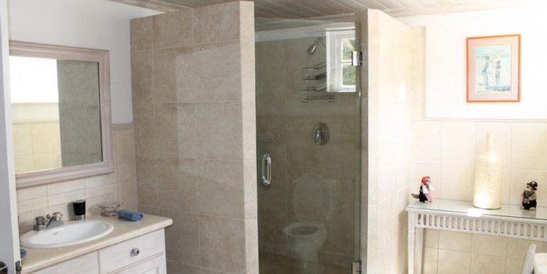 PaynesBay_Bathroom