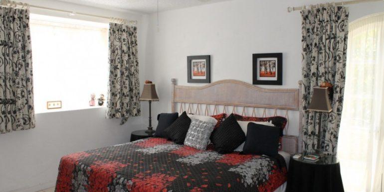 PaynesBay_Bedroom1