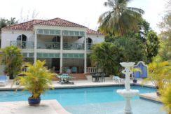 Paynes Bay House
